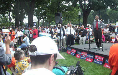 Conyers speaks to the Crowd
